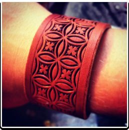 Clover Flower - Leather Wristband Bracelet by Soteria Leather